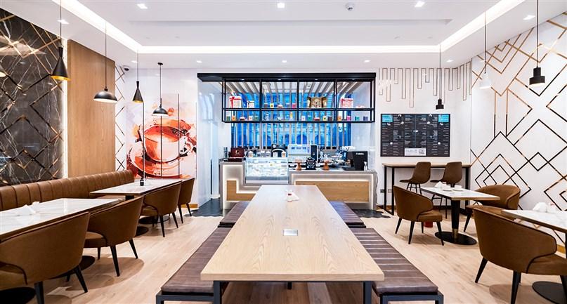 The Hub Café 5